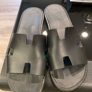 Authentic Hermès sandals